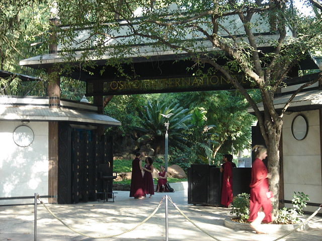 osho-meditation-resort-pune