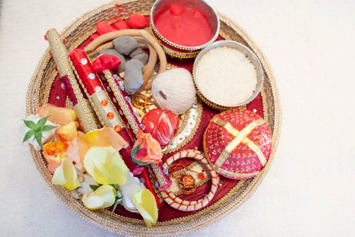 karwa chauth gift for your bahu