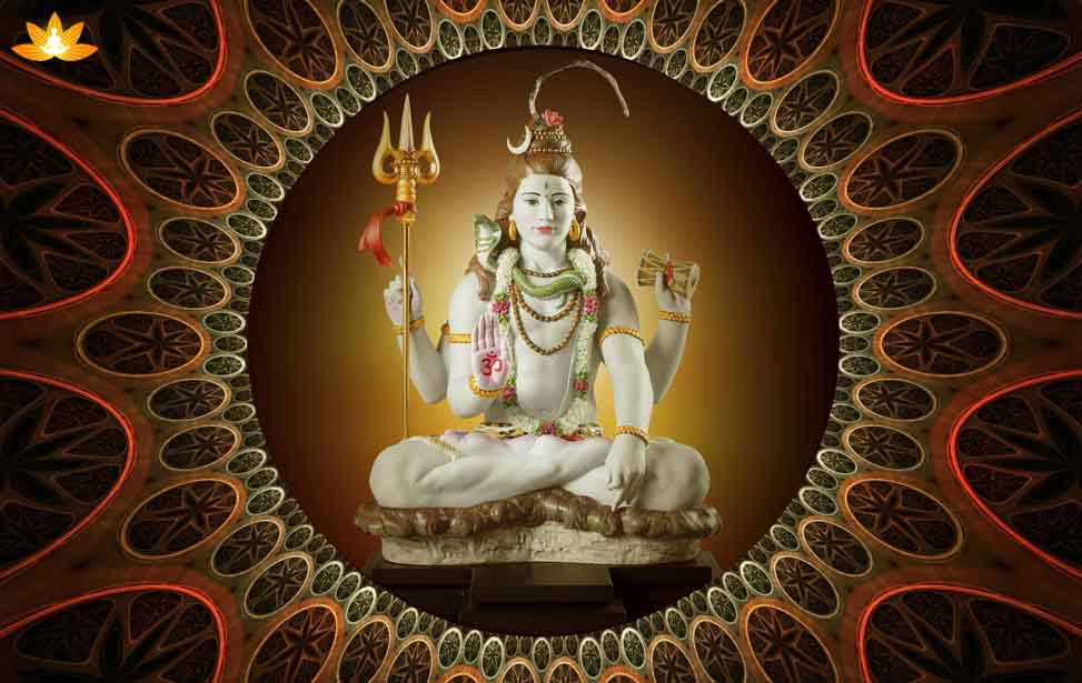 Powerful Mantras you should chant on the day of Maha Shivaratri