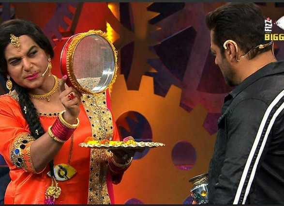Salman Khan .. Celebrating Karwa Chauth 🤔